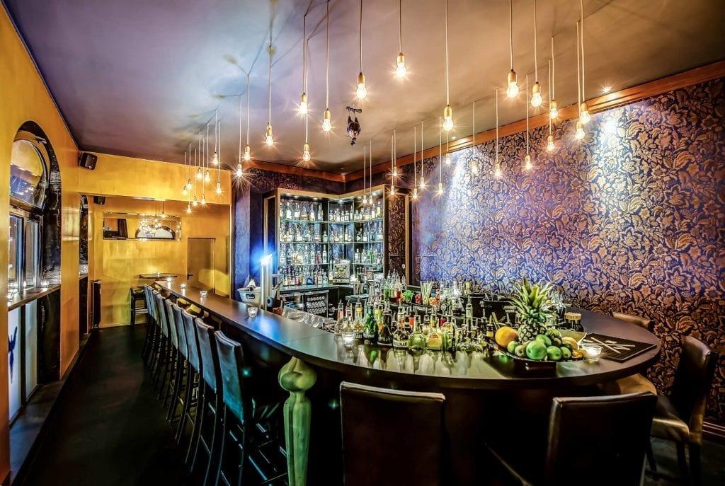 Blauer Fasan   Mixology Bar Guide